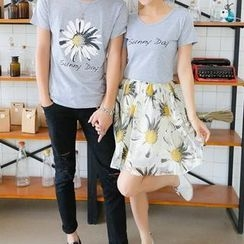 Fashion Street - Couple Set: Short-Sleeve T-Shirt + Floral A-Line Skirt