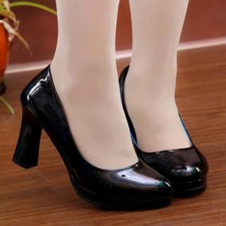 77Queen - Patent Pumps