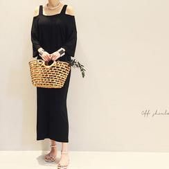 NANING9 - Cutaway-Shoulder Dress
