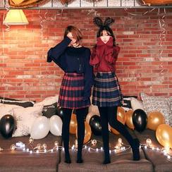 Seoul Fashion - Band-Waist Plaid Pleated Mini Skirt