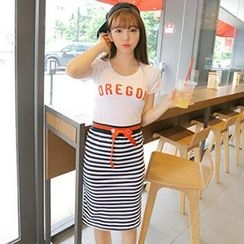 MisSweet - Set: T-Shirt + Striped Skirt