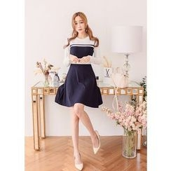 J-ANN - Fringed-Shoulder Color-Block Dress