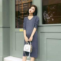 Greensleeves - Maternity Long-Sleeve V-Neck T-Shirt Dress