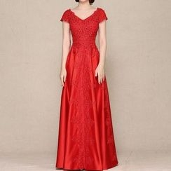 LYRA - Short-Sleeve Embroidered Evening Gown