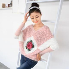 59 Seconds - Crochet Rose Bouclé Sweater