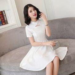 Emeline - 中式领短袖A字连衣裙