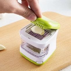 Home Simply - Garlic Press
