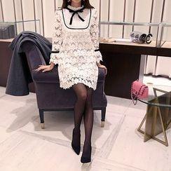 DABAGIRL - Contrast-Trim Beribboned Lace Shift Dress
