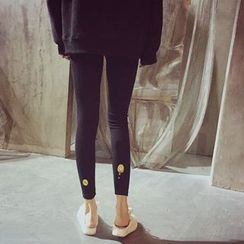 YUKISHU - Smiley Embroidered Leggings