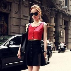 Sisi Fashion - Set: Cropped Top + Buttoned Skirt