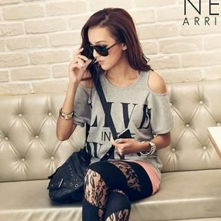 Cut-Out Shoulder  Print T-Shirt