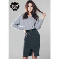 Chlo.D.Manon - Furry-Knit Pencil Skirt with Belt