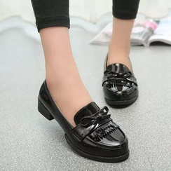 One100 - Bow-Accent Fringe-Trim Loafers