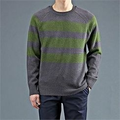 THE COVER - Crew-Neck Raglan-Sleeve Stripe Sweater