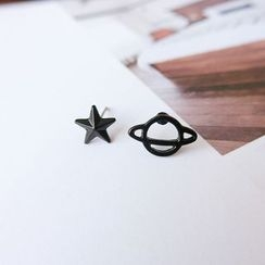Gold Beam - Non-Matching Stud Earrings