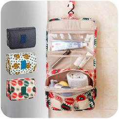 Home Simply - Printed Hanging Toiletry Bag