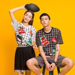 Simpair - Check Couple Matching Crewneck T-Shirt