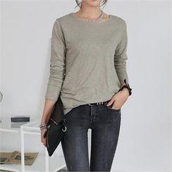 CHICFOX - Cutout-Neckline Long-Sleeve T-Shirt