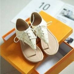 Tomma - 系带夹趾凉鞋