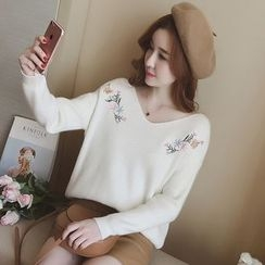 Munai - V-Neck Embroidery Ribbed Sweater