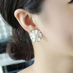 HayHill - Flower Stud Earrings / Clip-On Earrings