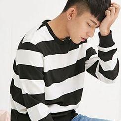 HEIZE - Stripe Sweatshirt