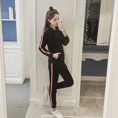 AMELA - Set: Striped Hoodie + Striped Sweatpants