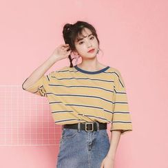 Porta - Striped Elbow Sleeve T-Shirt