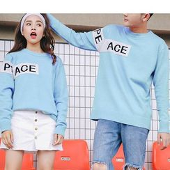 Bay Go Mall - Couple Matching Lettering Sweater