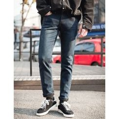 STYLEMAN - Fleece-Lined Washed Jeans