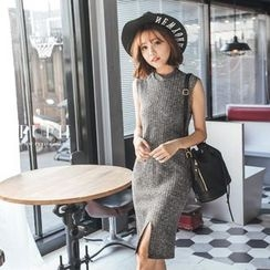 PUFII - Slit-Hem Turtleneck Knit Dress