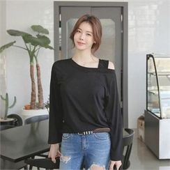 TOM & RABBIT - Off-Shoulder Plain T-Shirt