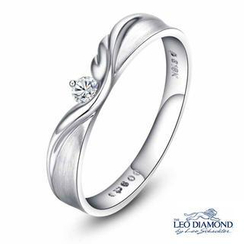 Leo Diamond - 18K White Gold Diamond Solitaire Guardian Angel Women Ring