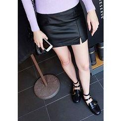 Chlo.D.Manon - Faux-Leather Mini Skirt