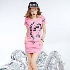 Century Girl - Set: Print T-Shirt + Skirt / Set: Hooded Pullover + Skort