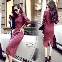 CHERJOE - Slit Back Cable-Knit Midi Dress