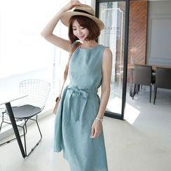CLICK - Linen Sleeveless Tied-Waist Dress