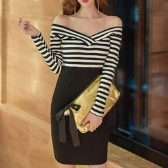 Queen Bee - Off-shoulder Stripe Panel Long-Sleeve Dress
