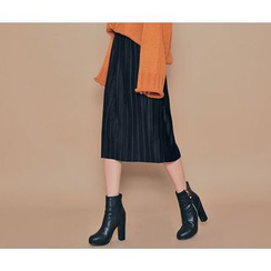 HOTPING - Faux-Suede Pleated Midi Skirt