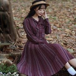 Ashlee - Dotted Stripe Long-Sleeve Midi Dress
