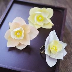 constello - Bridal Flower Ring