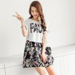 Porta - Set: Printed T-Shirt + Skirt