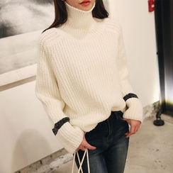 DABAGIRL - Turtle-Neck Contrast-Trim Sweater