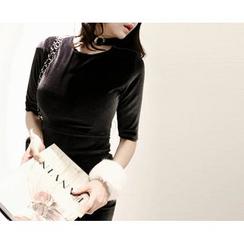 Marlangrouge - Short-Sleeve Velvet Bodycon Dress