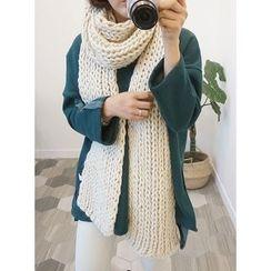 STYLEBYYAM - Chunky-Knit Scarf