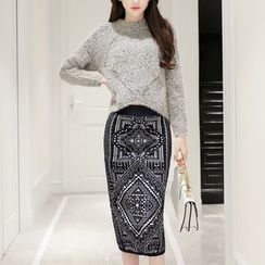 Polpetta - Set: Cropped Sweater + Patterned Knit Skirt