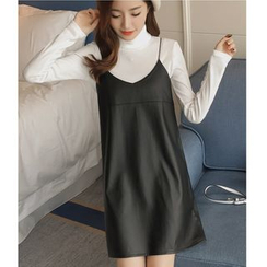 Dowisi - Set: Faux Leather Strappy Dress + Turtleneck Long-Sleeve Knit Top
