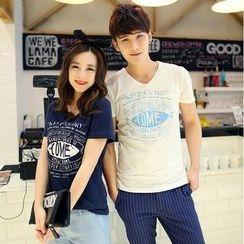 Evolu - Short-Sleeve V-Neck Print Couple T-Shirt