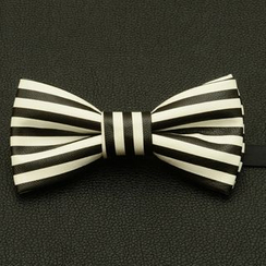 Romguest - Faux-Leather Bow Tie