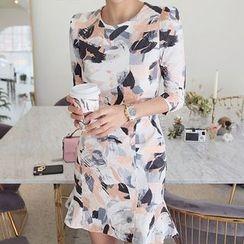 Seoul Fashion - Ruffle-Hem Printed Sheath Dress